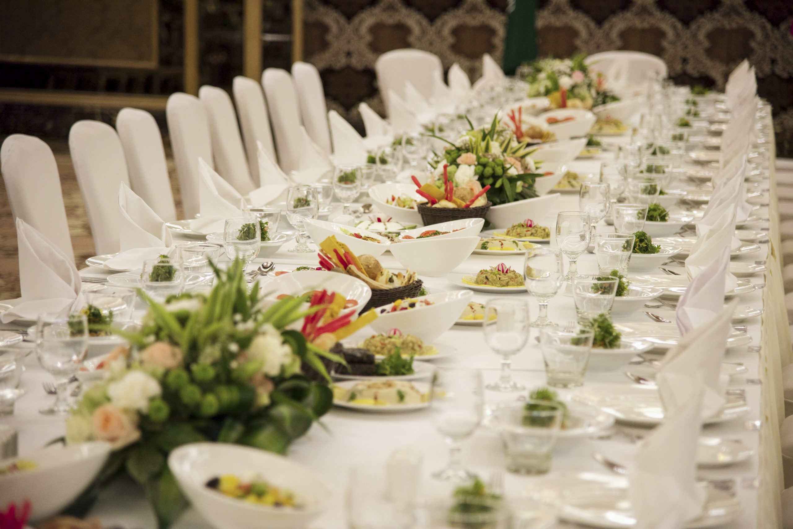 flower-meal-wedding-buffet-aisle-ceremony-1035100-pxhere.com